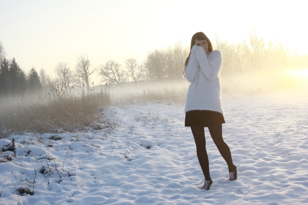 fashion personal style blog long sleewe white fluffy sweater