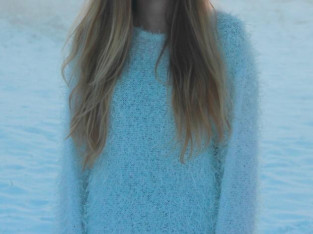 white snowflake sweater fluffy