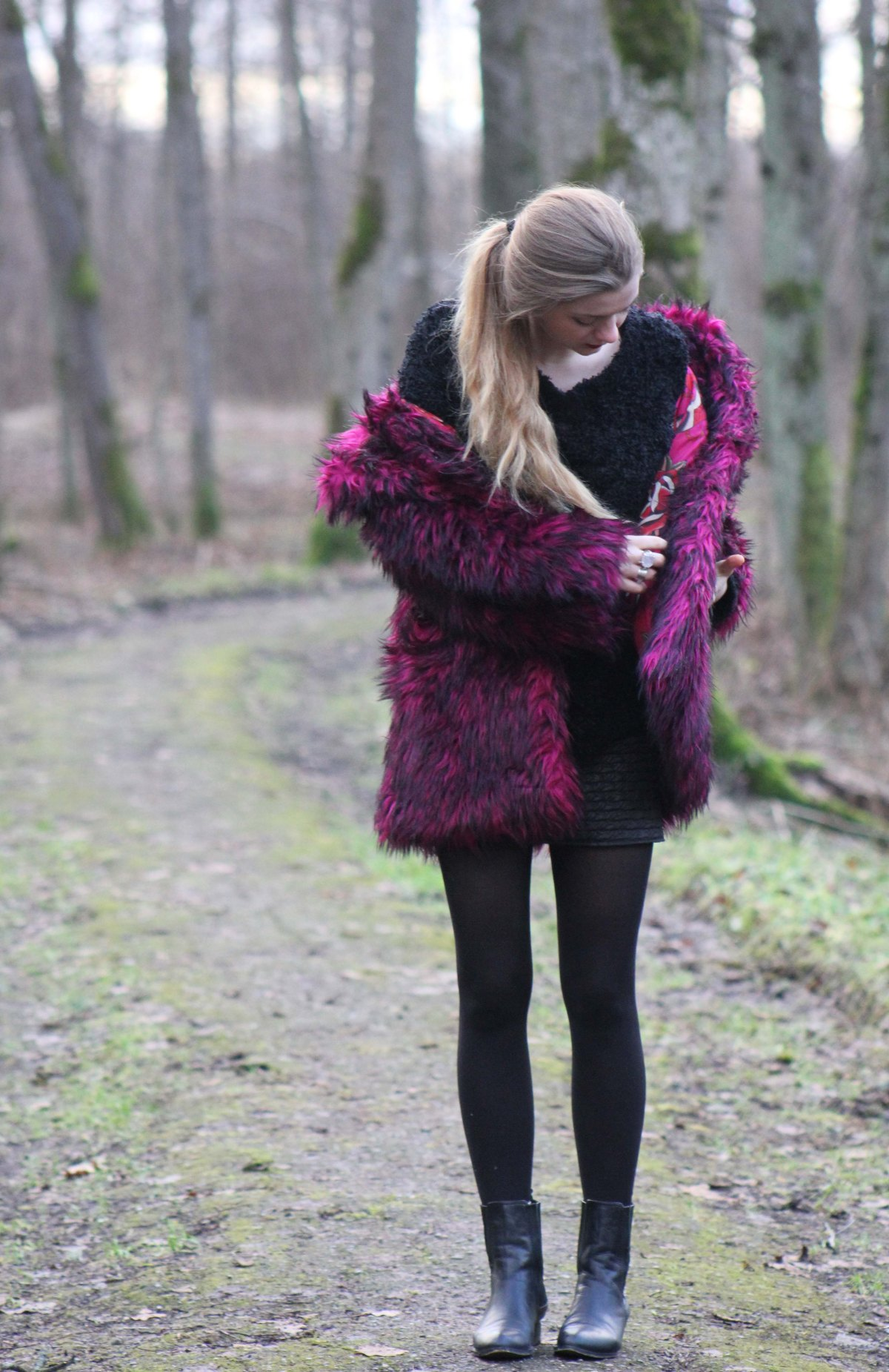 faux fur coat fashion blog pink rock