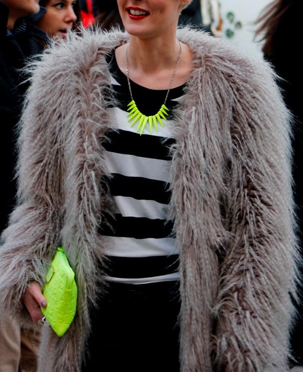 neon details street style fur coat