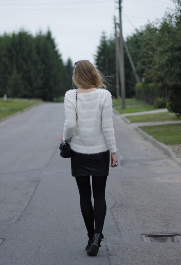 alexa chung style look leather skirt chanel bag