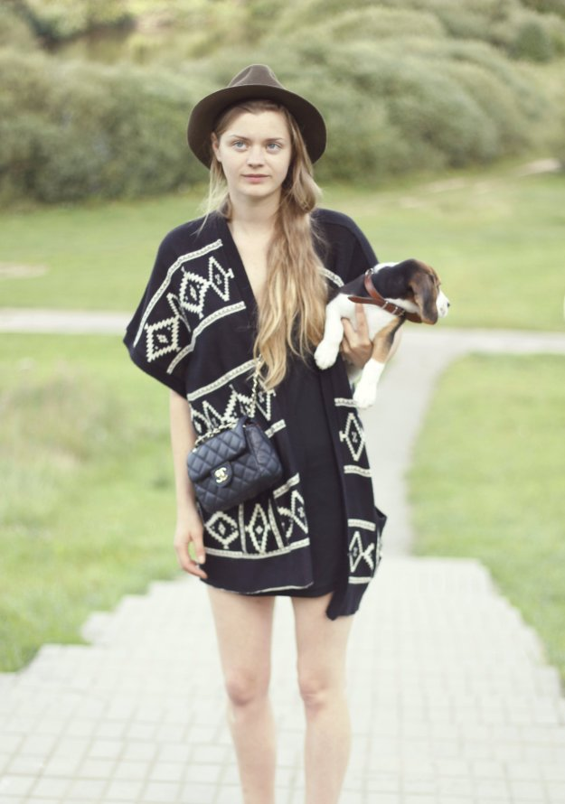 poncho new look zara chanel