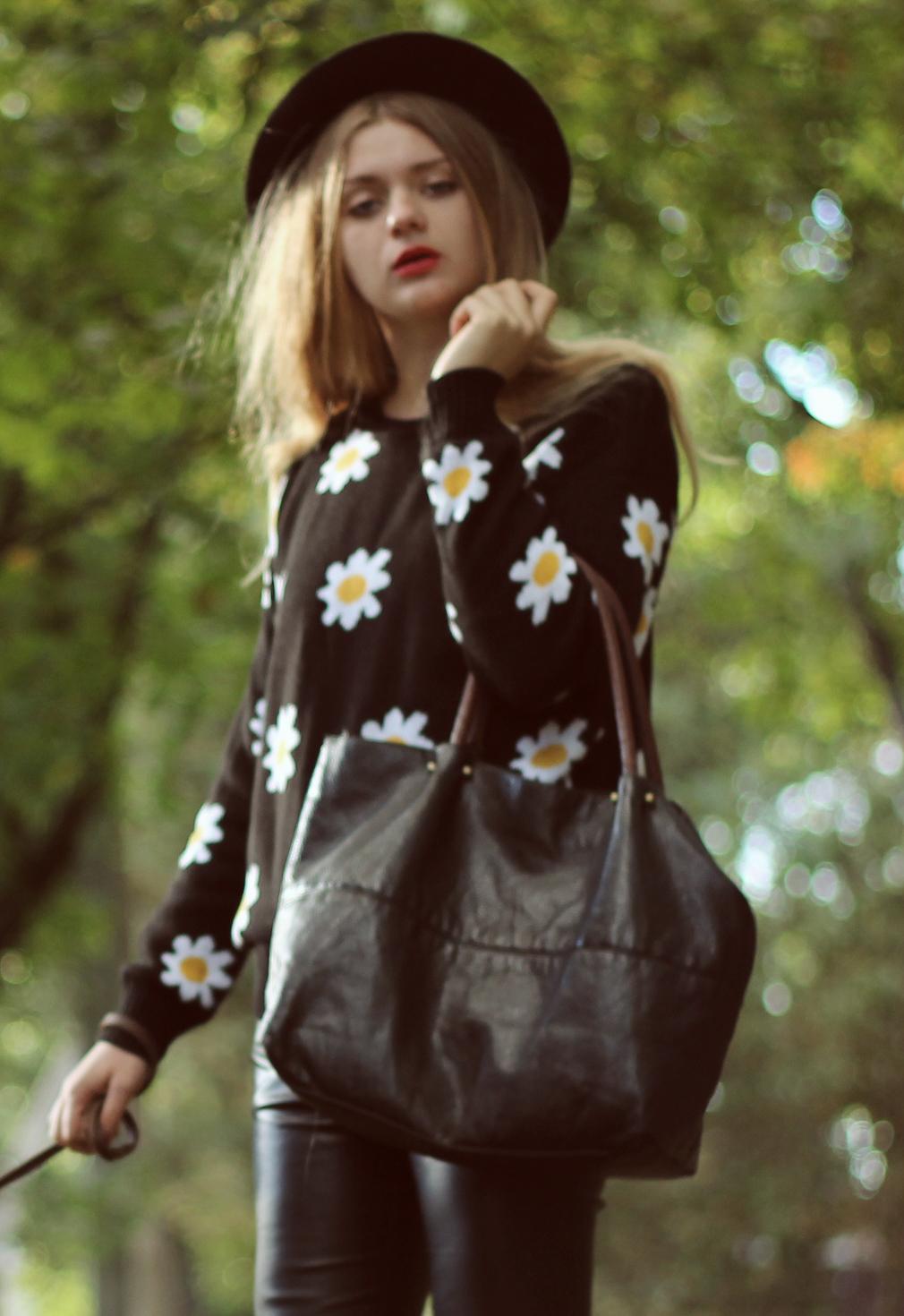 daisy knitwear omg fashion