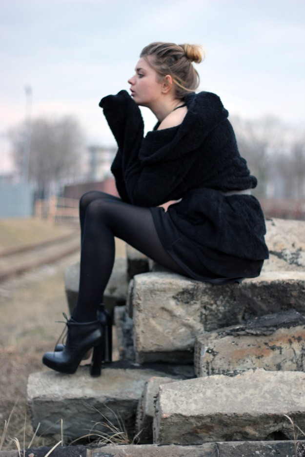 alexander wang heels all black look
